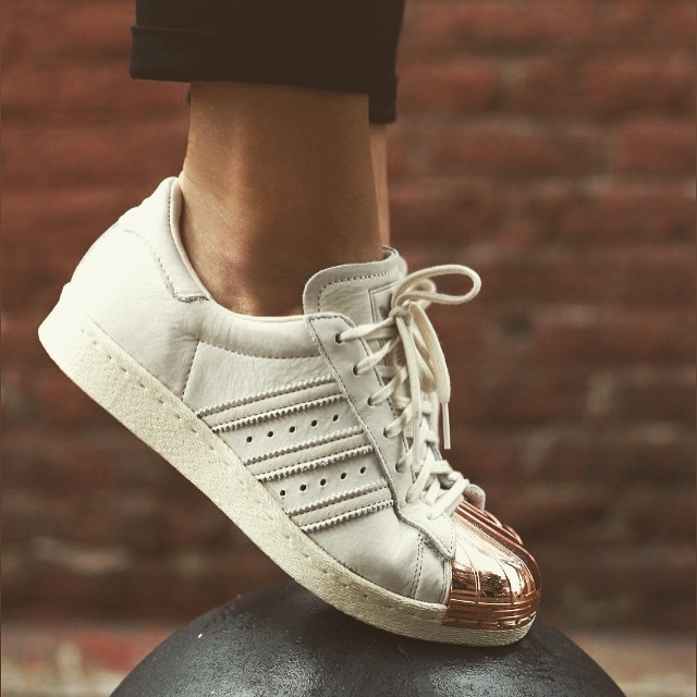 In ❤️ with @adidas #superstars rose' gold. #shoefie #shoes #ootd…