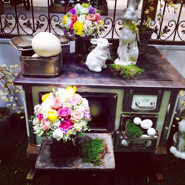 So beautiful #happyeaster #deko #home #blogger #interior #flowers