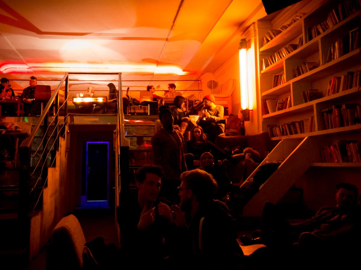 Gäste bei Anti.Mono.Stereo