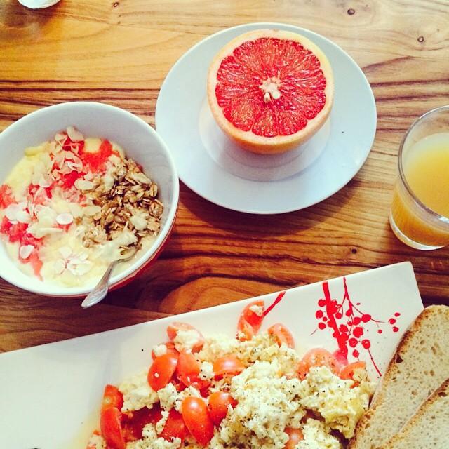 Let's start sundays #red and #healthy ⭐️#yummy #nomnom #blogger #veggie…