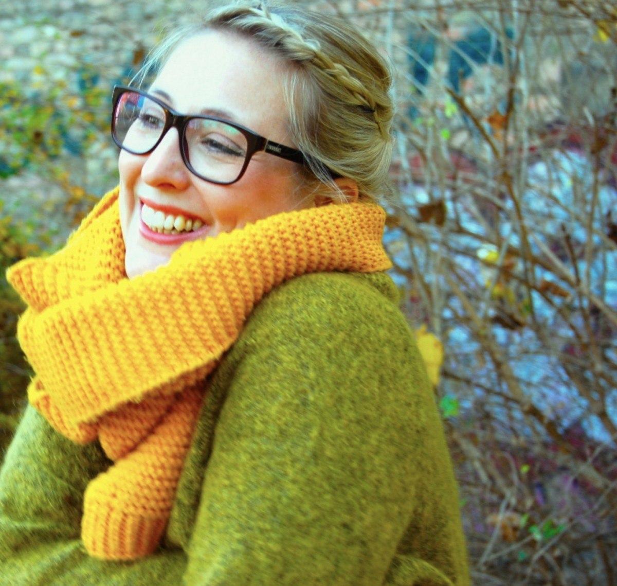 Schal und Brille